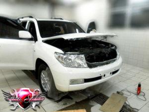 Покрытие автомобиля глянцевой плёнкой в автотехцентре Auto Styling - 1